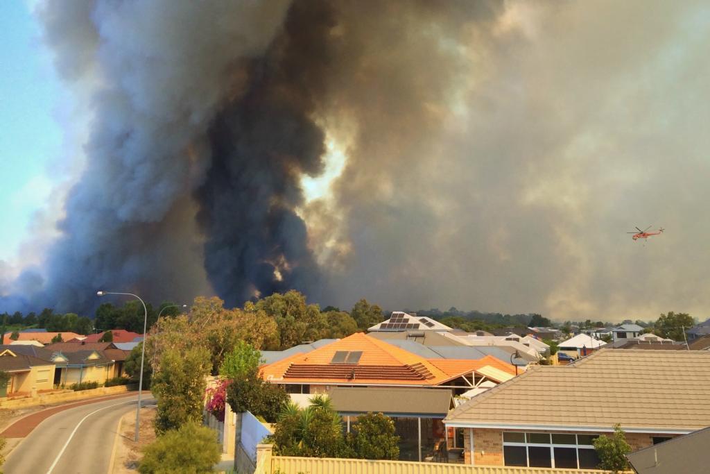smoke from bushfires, perth 2014