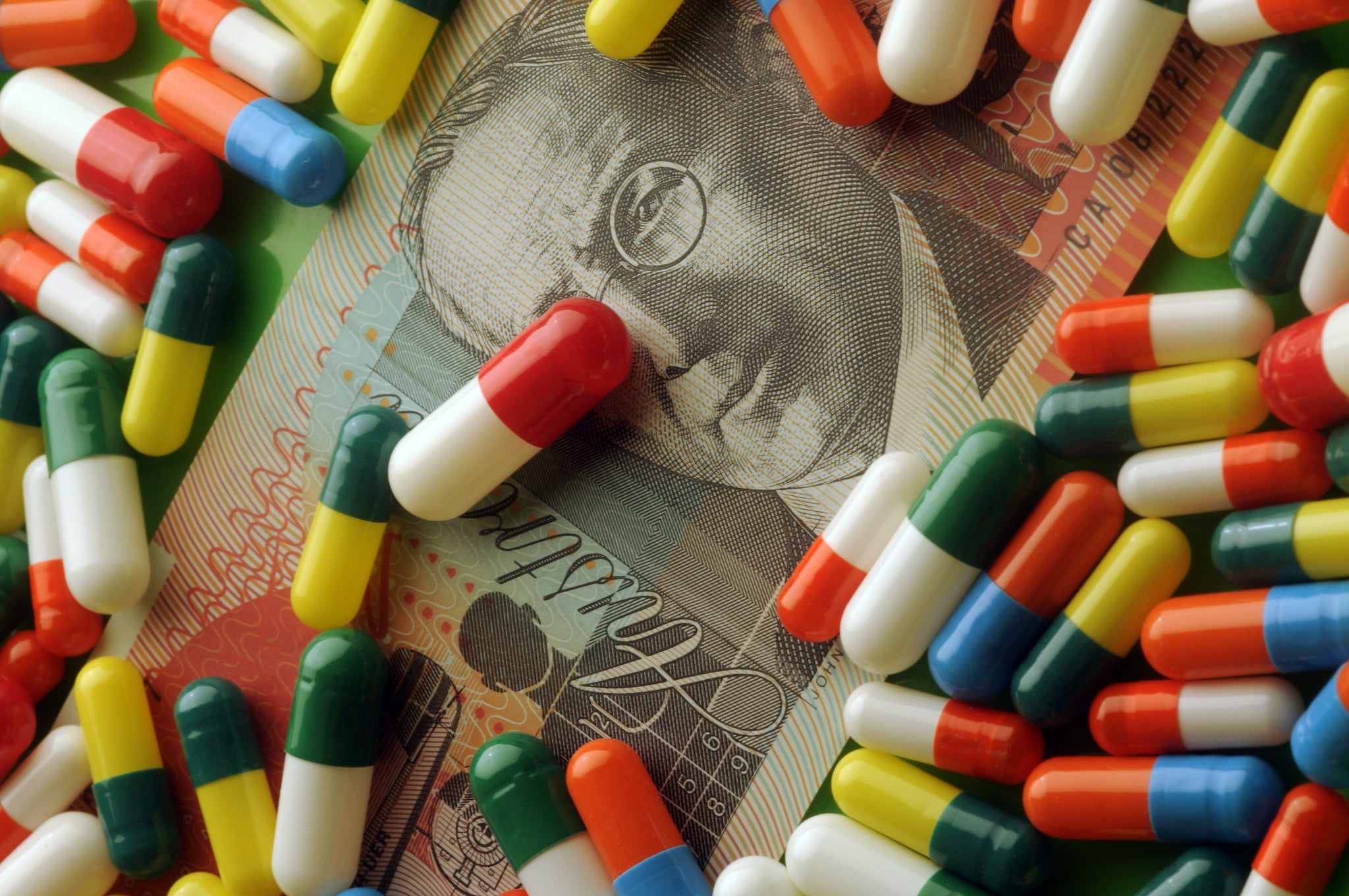 pills on $20 note