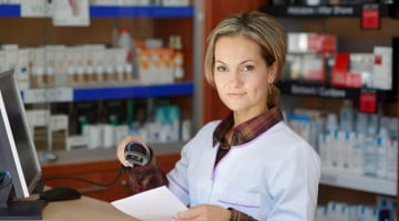 pharmacy recruitment course: young pharmacist in dispensary