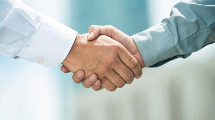 handshake: Medicines australia/Govt letter of agreement