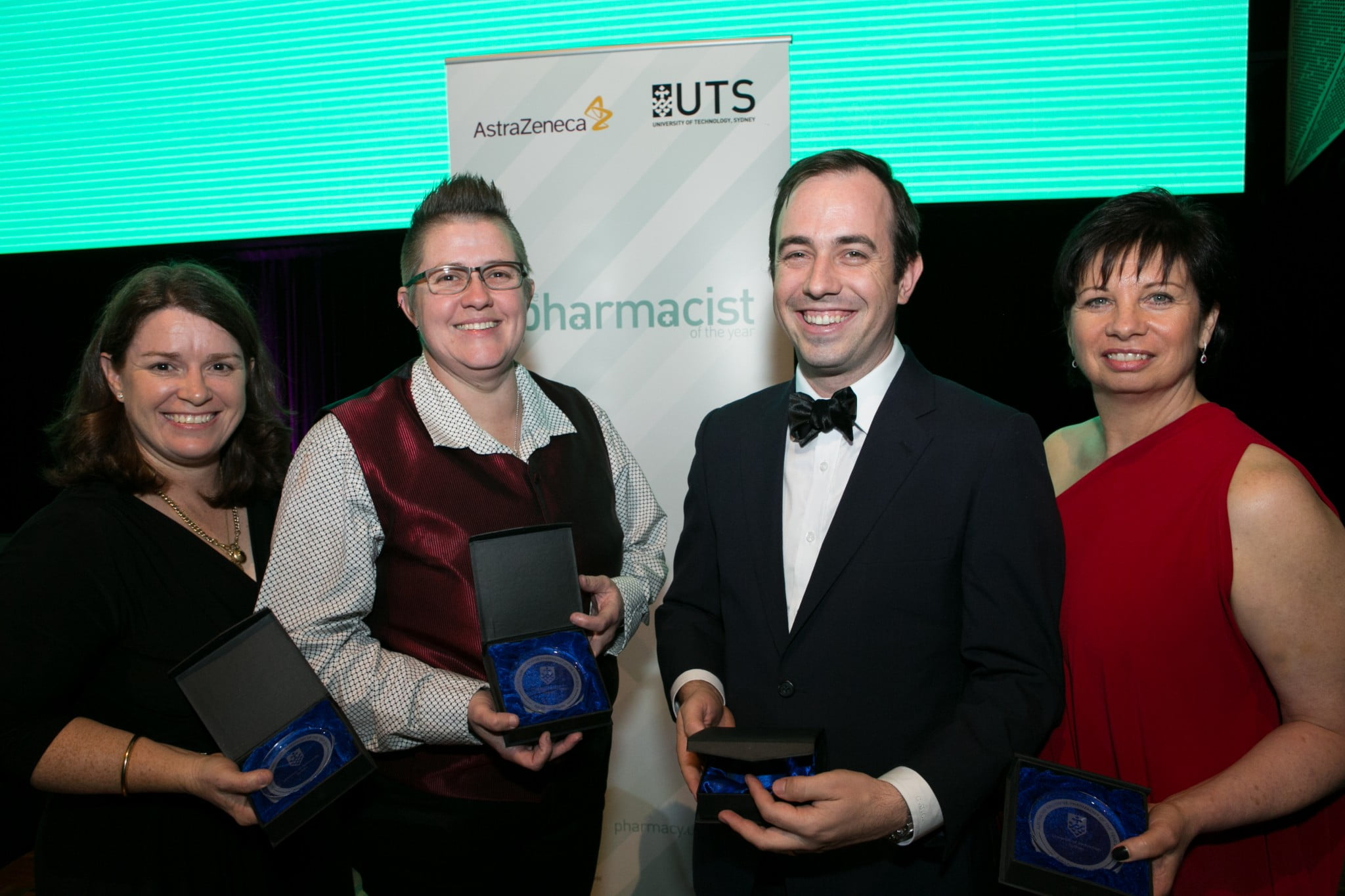 QPIP team winning the Innovative Pharmacist of the Year award