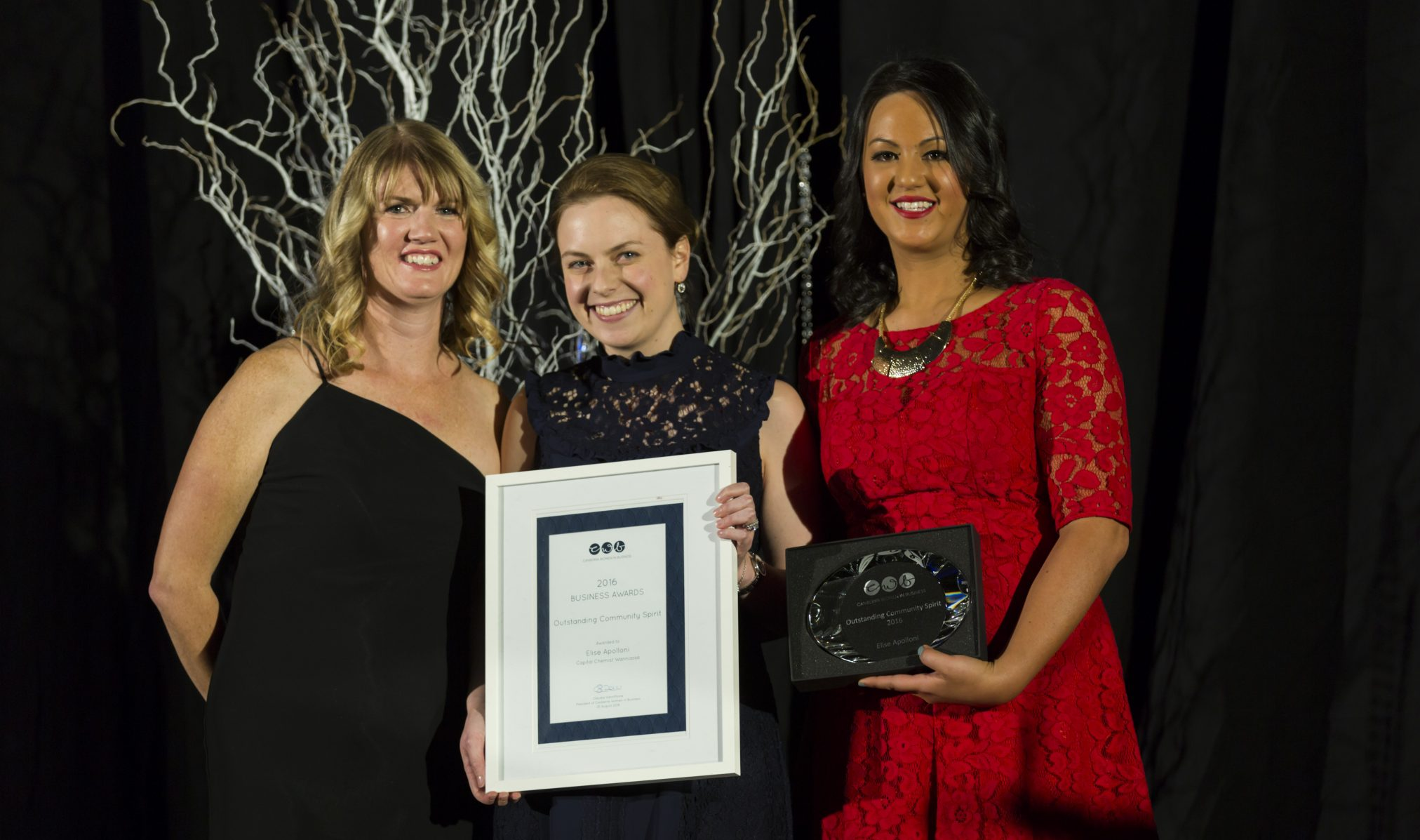 Elise Apolloni accepting Canberra Women in Business Award