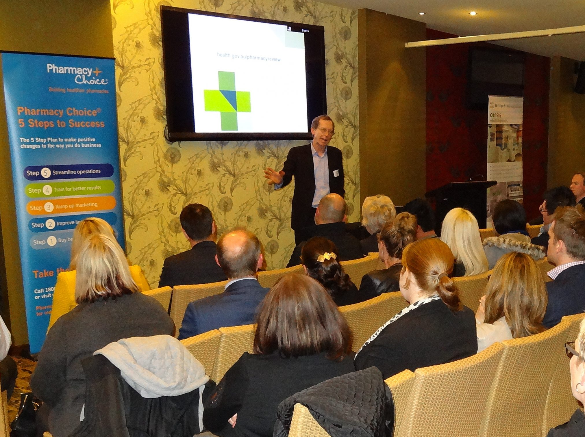 Stephen King presents at Pharmacy Choice event