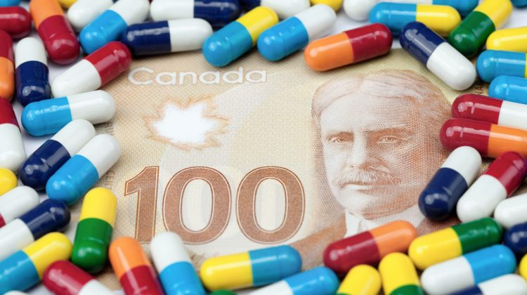 pills on canadian $100 bill