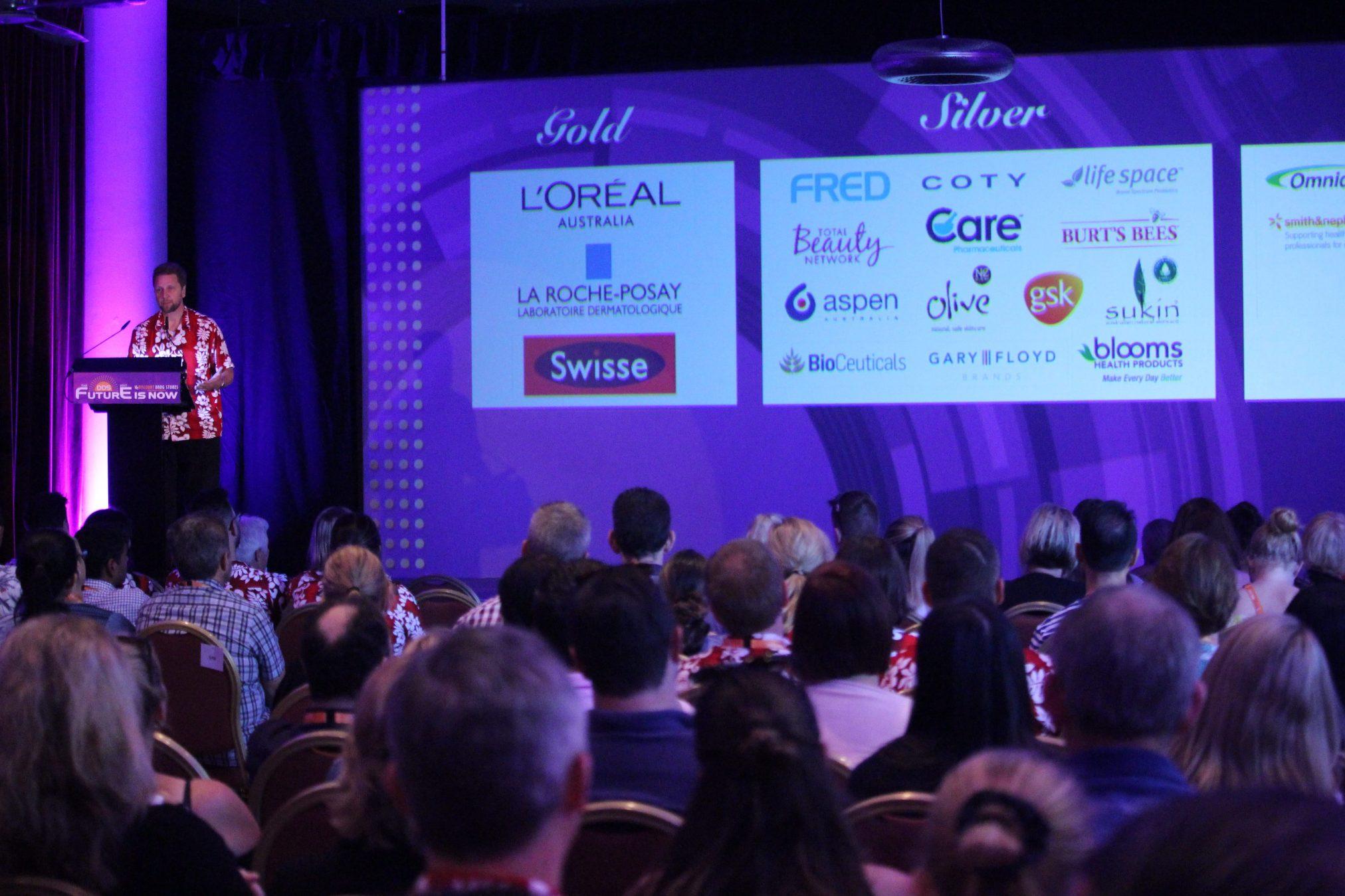 Mr Kuskopf-Dallas addresses the conference
