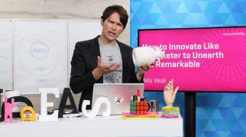 Nils Vesk presenting