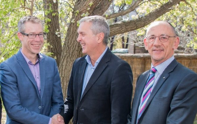 PSA President Dr Shane Jackson, Pharmacy Guild President George Tambassis, and Guild Executive Director David Quilty