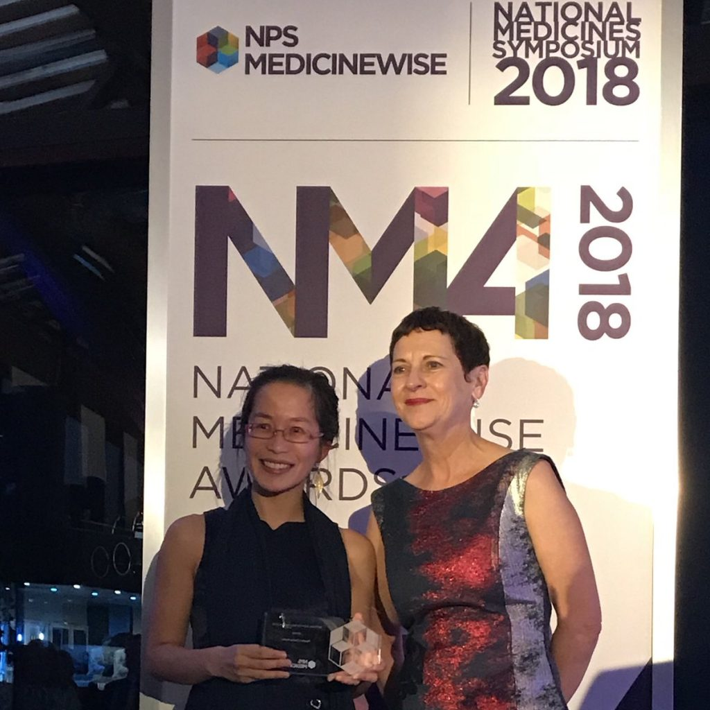 Grace Wong receives her People's Choice award from NPS MedicineWise outgoing CEO Lynn Weekes. Credit: Joanne Gross