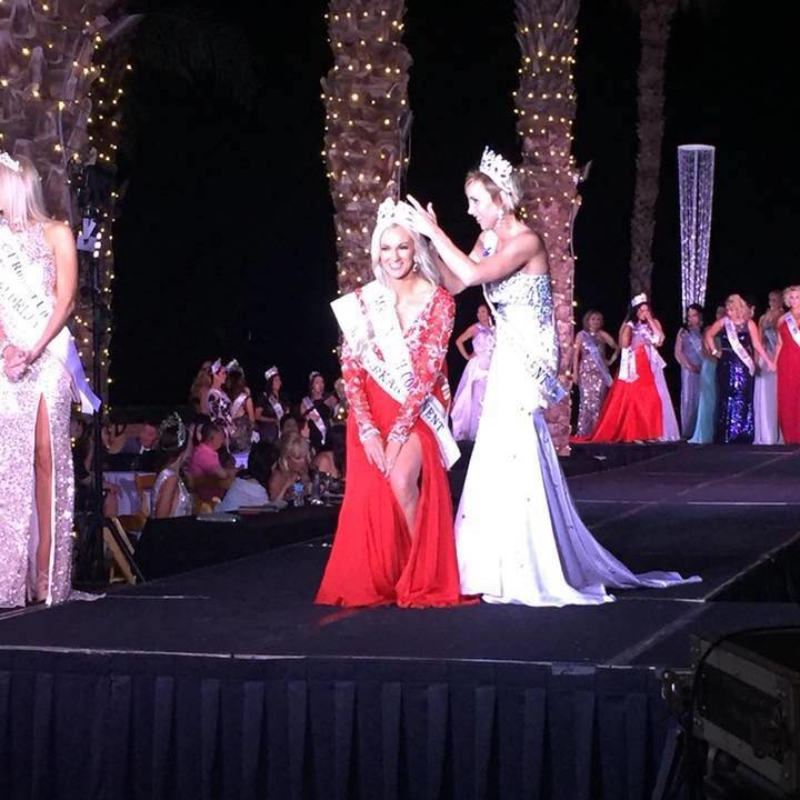 Cassandra Lang is crowned Mrs North Continent Globe 2018. Source: Facebook