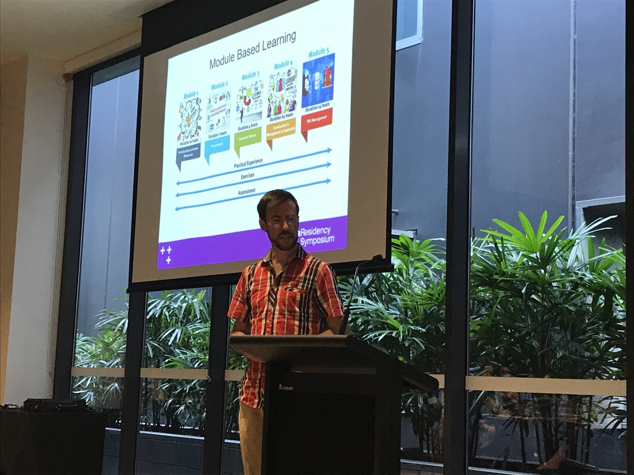 Scott Mitchell discussing leadership in operational rotation as part of the 2018 SHPA Residency session on novel placement ideas for pharmacy residents.