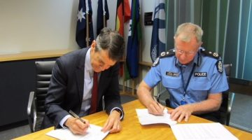 AHPRA CEO Martin Fletcher and WA Police AC Gary Budge sign MOU Dec 2018