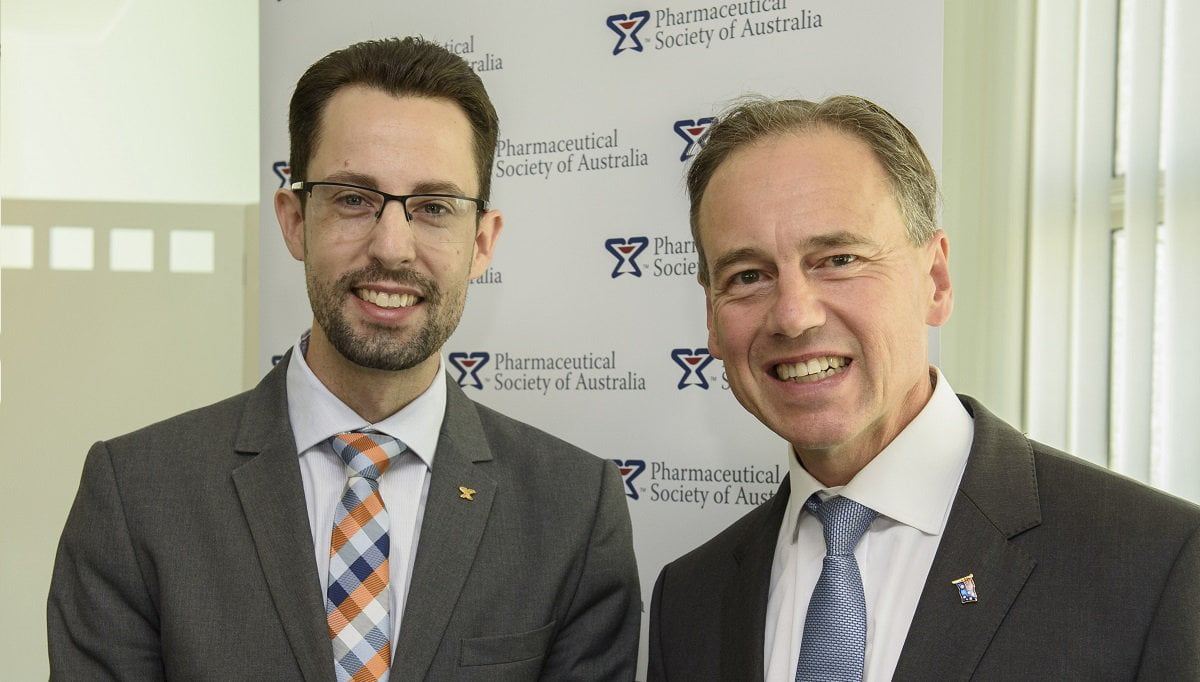 (L-R) PSA National President Dr Chris Freeman and Federal Health Minister the Hon Greg Hunt MP.