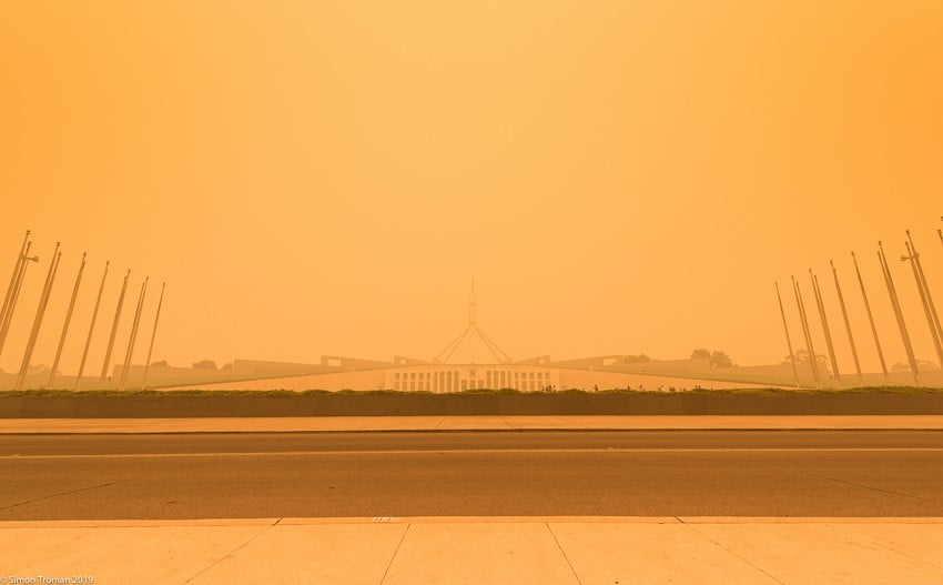Bushfire smoke at Parliament House, Canberra. Image by Simon Troman.